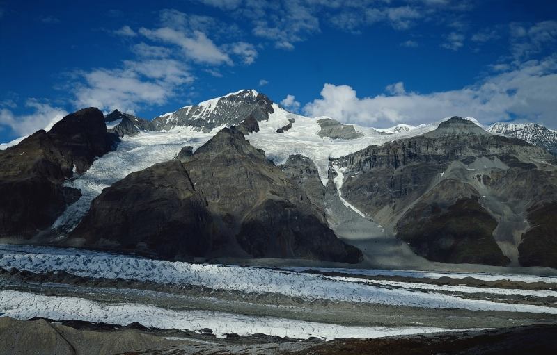 Image of snow-capped Wrangell St. Elias Mountains with blue sky