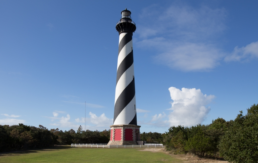 Thick black and white diagonal stripes on the lighthouse at Cape Hatteras National Seashore